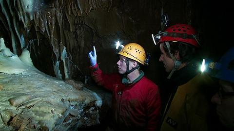 Höhle beschädigt