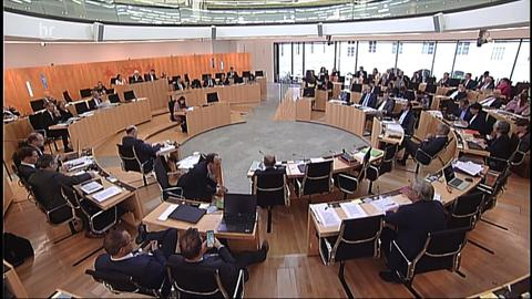 hessenschau kompakt - 13:00 Uhr - 29.10.2019