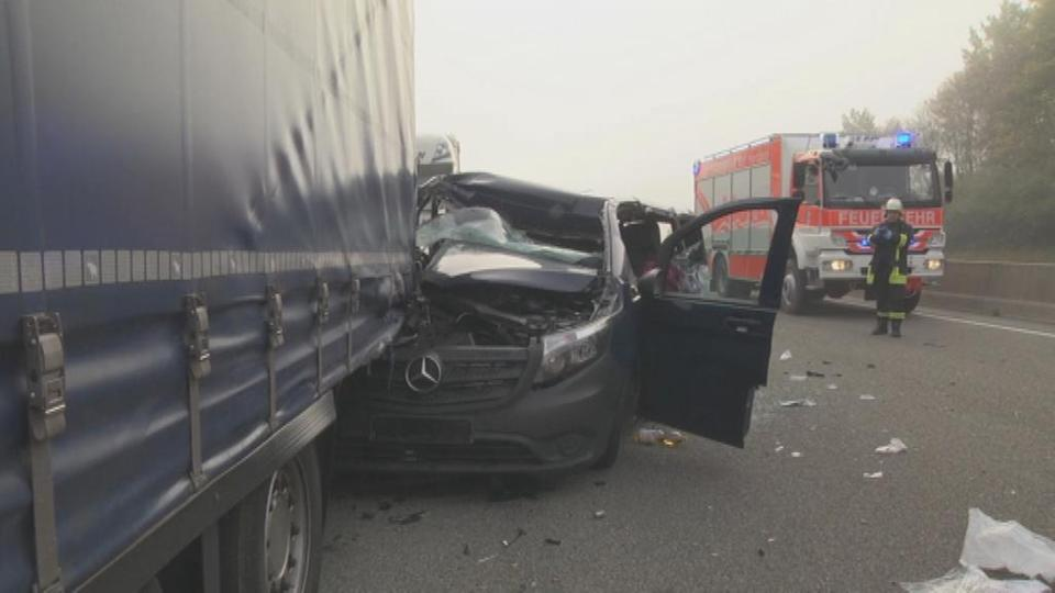 63-Jähriger stirbt bei Unfall auf A7   hessenschau.de   Panorama