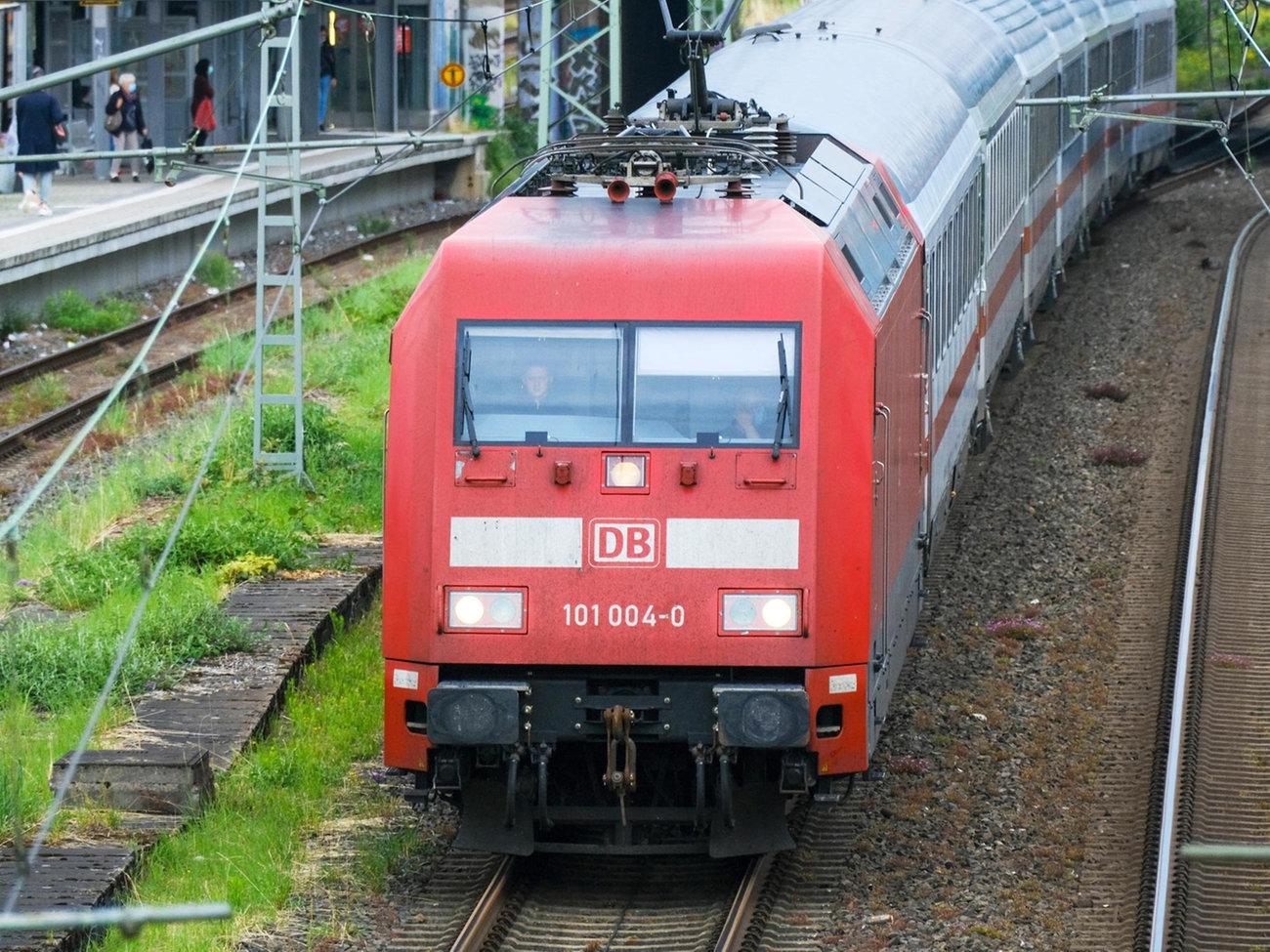 Bahnstreik Ab Mittwoch Fahrgastverband Sauer Auf Gdl Hessenschau De Wirtschaft
