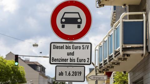 Darmstadt Stickoxid Diesel Fahrverbot