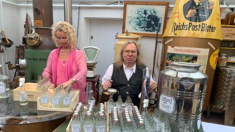 """Der Desinfektions-Gin der Gin-Manufaktur """"Reichs Post Bitter"""""""