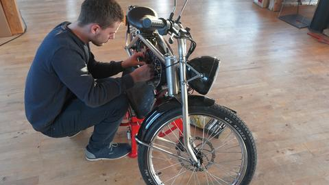 E-Moped-Bauer Leon Tremel aus Groß-Zimmern