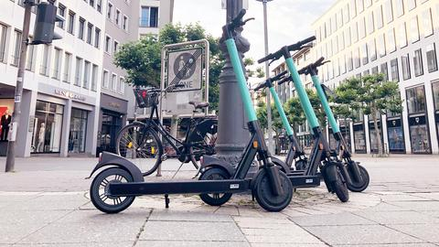 E-Scooter in der Frankfurter Innenstadt