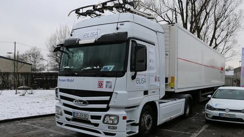 Prototyp des Elektro-LKWs, der ab 2019 auf der A5 fahren soll.