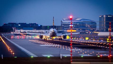 Landebahn am Flughafen Frankfurt