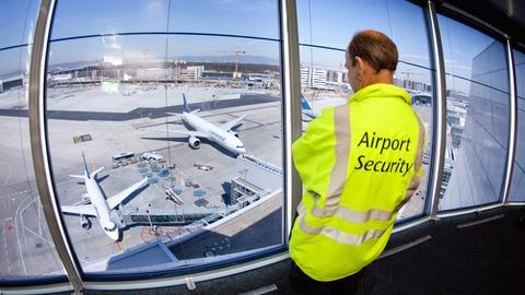 Flughafen Frankfurt Vorfeld Security