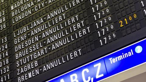 Anzeigetafel am Frankfurter Flughafen