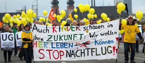 Demo gegen Fluglärm