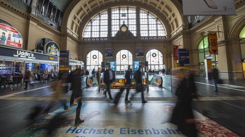Frankfurt Hauptbahnhof Vorhalle