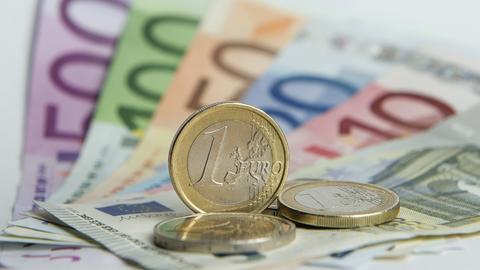Geldscheine und -münzen