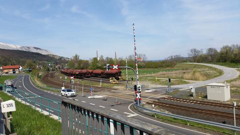 Gesperrte Straße zum Müllheizkraftwerk in Heringen (Hersfeld-Rotenburg)