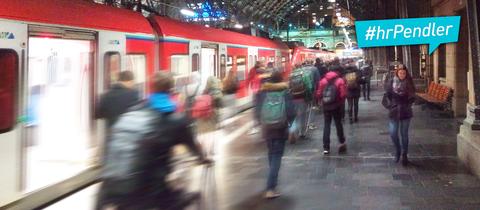 Das Foto zeigt Pendler im öffentlichen Verkehr.