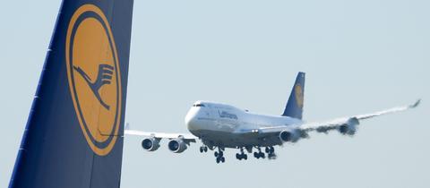 Eine Boeing 747-400 in Frankfurt am Main