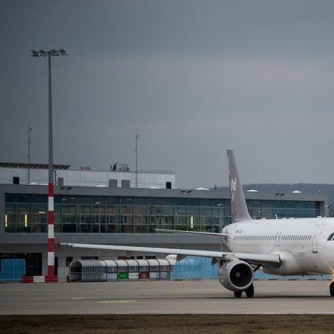 Sundair Maschine auf dem Kassel Airport
