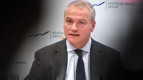 Die Ermittlungen gegen Börsen-Chef Carsten Kengeter gehen weiter.
