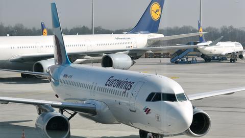 Lufthansa- und Eurowings-Maschine