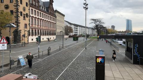 Gesperrter Mainkai in Frankfurt