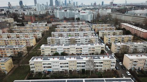 Mieterstrom-Projekt auf den Dächern der Ebert-Siedlung im Frankfurter Gallusviertel