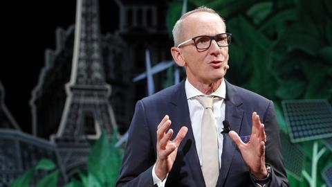 Vorgeschmack auf Paris: Opel-Chef Neumann 2016 bei der Paris Auto Show