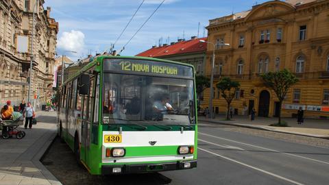 Oberleitung Bus