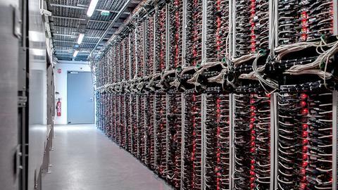 Blick in ein Rechenzentrum des Cloud-Anbieters OVH
