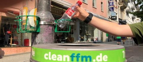 Die Stadt Frankfurt hat ein Pfandringprojekt gestartet.