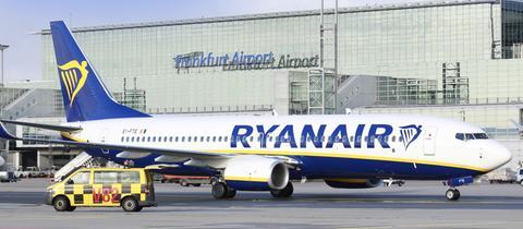 Ryanair-Maschine am Frankfurter Flughafen