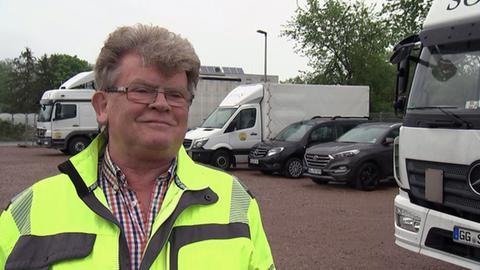 Spediteur Heinz-Peter Sobek setzt jetzt Prämien für die Suche nach neuen Fahrern aus.