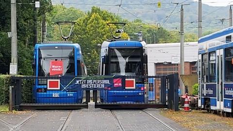 Bahnen im Depot in Kassel