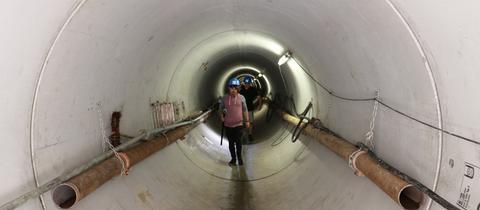 Rund 233 Meter lang: Der begehbare Fernwärmetunnel unter den Vorgleisen des Hauptbahnhofs.