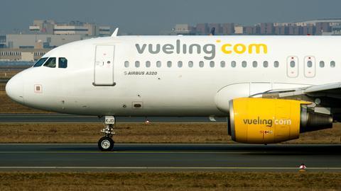 Vueling-Maschine auf dem Frankfurter Flughafen