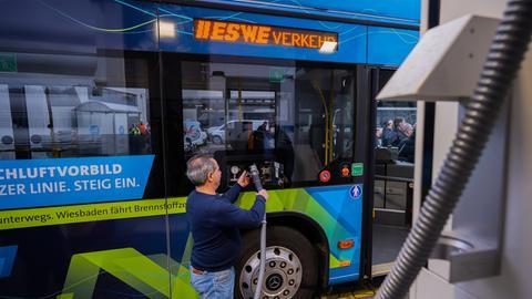 Wasserstoffbus in Wiesbaden